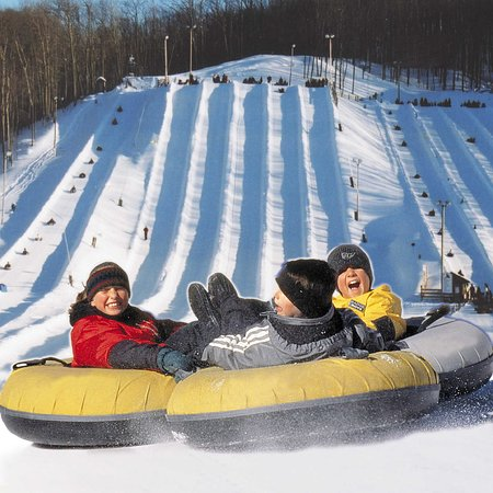 Barrie, Canada: Snow Tubing