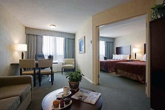 Quality Suites Montreal Aeroport : Family Suites