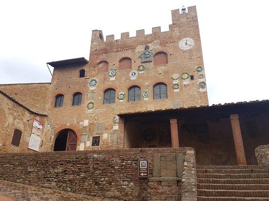 Certaldo, Italia: 20161107_122256_large.jpg
