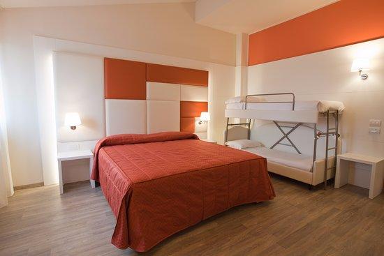 Hotel motel sirio medolago italie voir les tarifs et for Motel bas prix