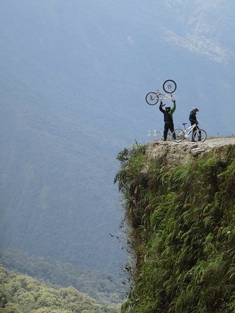 Coroico, Bolivia: Maniatic Adventure
