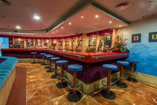 Yaramar Hotel: Sala de animación - Entertainment room