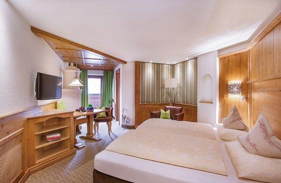 Hotel l we bewertungen fotos preisvergleich serfaus for Zimmer 94 prozent