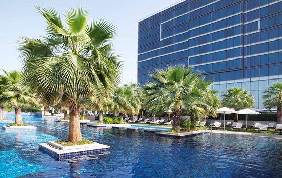 Fairmont Bab Al Bahr: Fairmont Pool