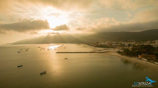Zimbros Beach: Fotos realizadas com o Drone #iosouza