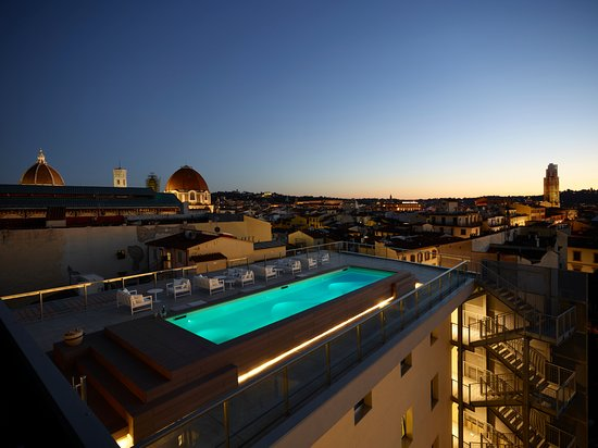 Glance hotel in florence italy reviews photos price comparison tripadvisor for 5 star hotels in florence with swimming pool