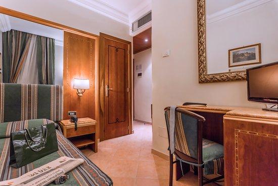 Hotel Archimede: single room