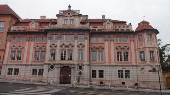Mladotovský palác