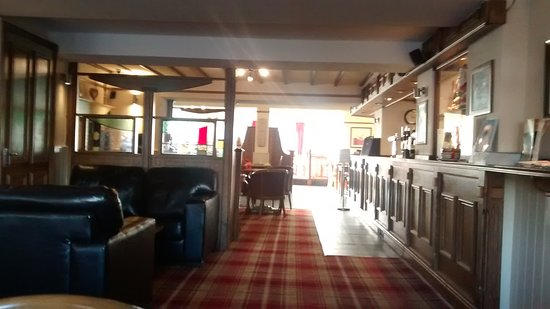 The Begelly Arms Restaurant: Empty
