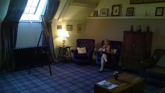 Portsoy, UK: Common lounge adjacent to our room on top floor.