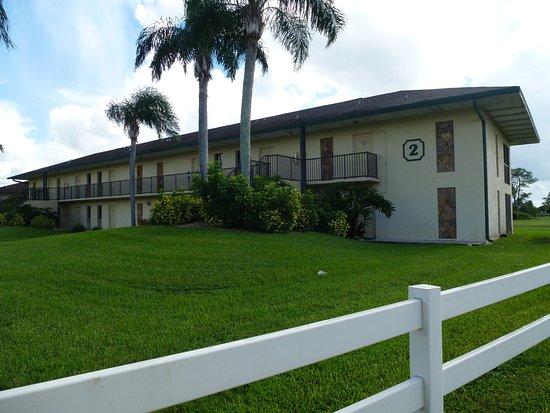 Lehigh Acres, FL: Our building