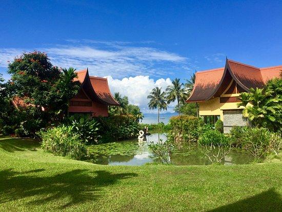 Tha Lane Bay Villas