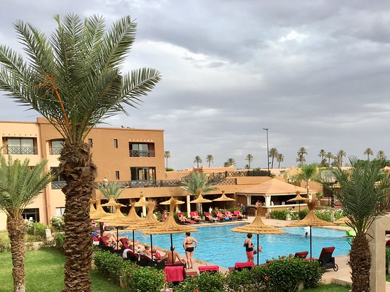Zalagh Kasbah Hotel and Spa: Hotellets pool, avd. Club Paradisio