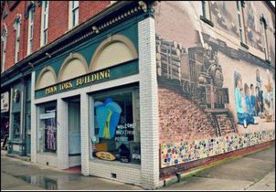 Coudersport, Pensylwania: Wonderful mural on side of building