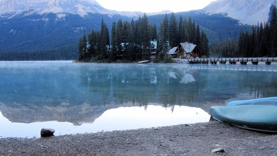 Emerald Lake Lodge: View of the resort area