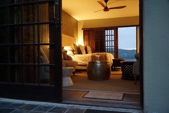 Kanonkop Guest House: Blick vor dem Eingang zum Zimmer