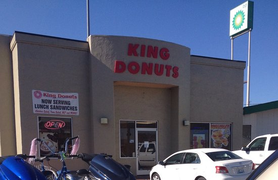 Williamsburg, KY: King Donuts