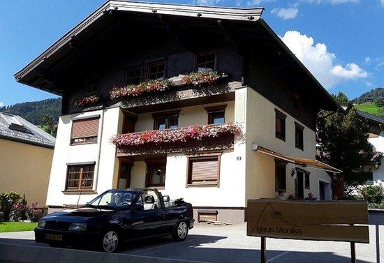 Haus Monika