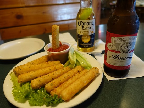 Three Fingered Jack's Saloon: Palitos de queso