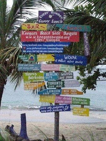 Lower Bay, Бекия: Love the sign!