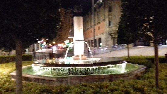 Arriquibar Plaza