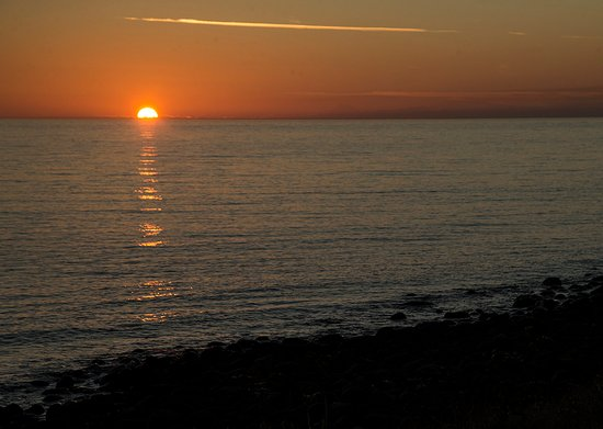 Embleton, UK: Dawn from the adjacent beach