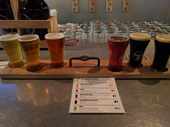 Bellevue Brewing Company: sampler with IPA substituted for vanilla oat stout