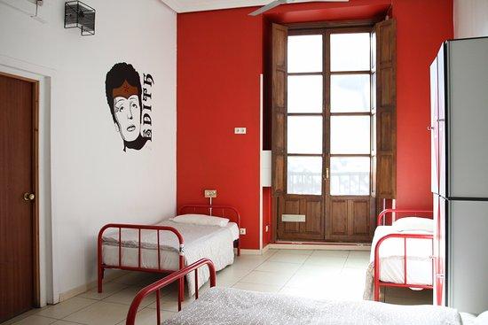 Way Hostel: Descansa después de un largo día en Madrid.
