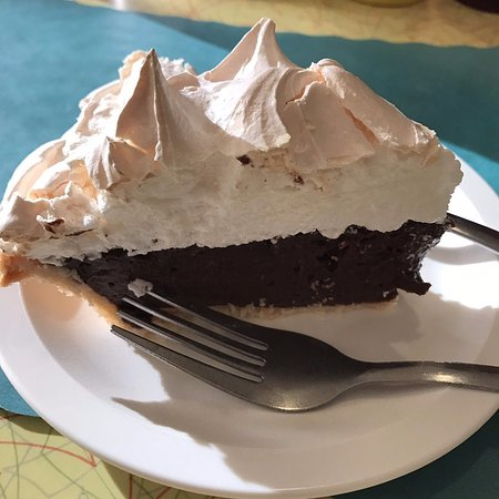 New Market, VA: Chocolate meringue pie