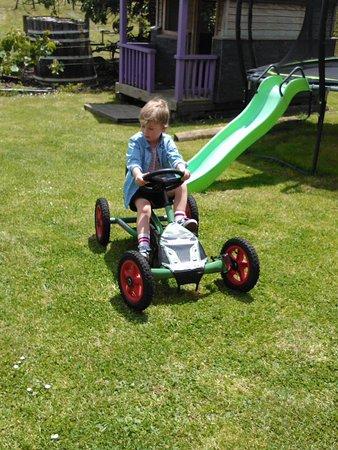 Ohaupo, New Zealand: Go carts in children's area