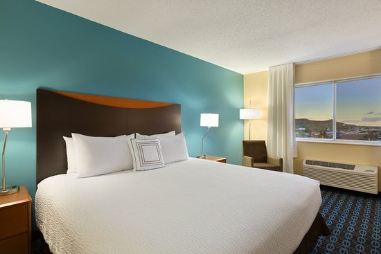 Fairfield Inn & Suites Colorado Springs Air Force Academy: King Room