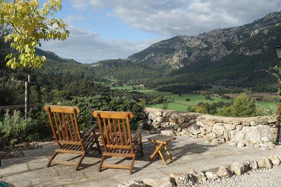 Finca Hotel Son Palou: Blick ins Tal vom Appartement aus