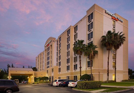 SpringHill Suites Miami Airport South: Exterior