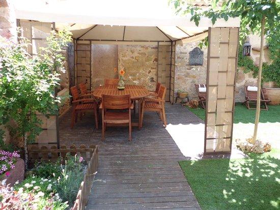 Casa rural tres palacios molina de arag n provincia de for Casa rural molina de aragon