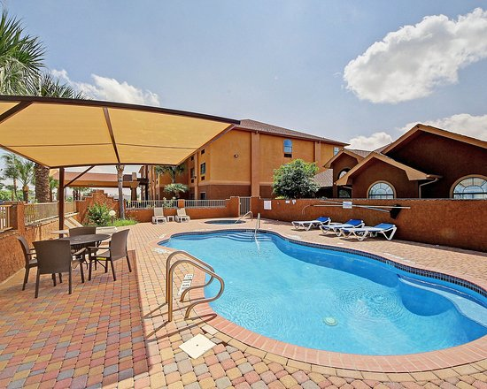Edinburg, TX: Pool