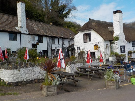Porlock Weir, UK: the pub on the quay