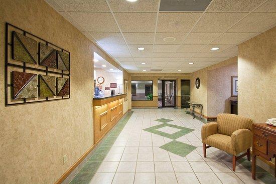 Holiday Inn Express Howe: Hotel Lobby