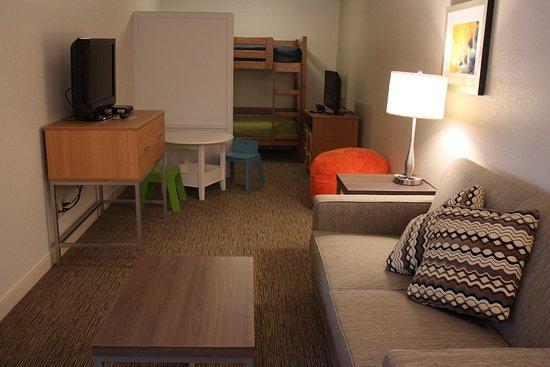 Holiday Inn Express Munising -  Lakeview: Kids Suite