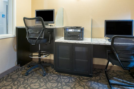 Spokane Valley, WA: Holiday Inn Express 24 Hour Complimentary Business Center