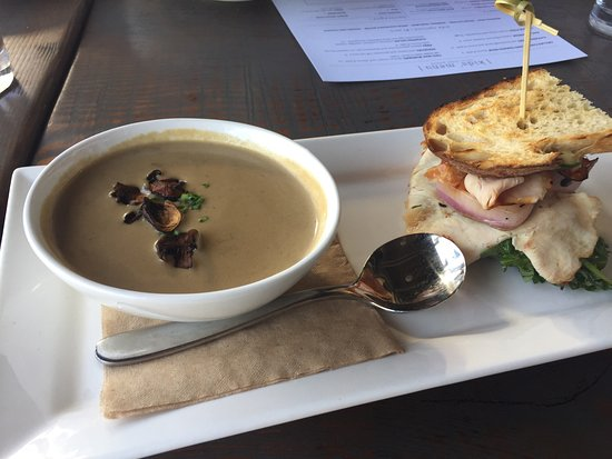 Woodinville, WA: Mushroom-Sherry Soup & half Turkey sandwich