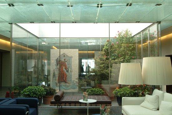 Hotel Monaco & Grand Canal: Lobby