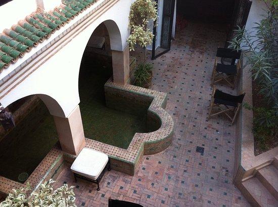 Riad Dar Nimbus: Autre vue du patio