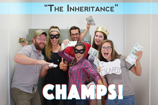 "โบเน, นอร์ทแคโรไลนา: The original champs of our escape room ""The Inheritance""!"
