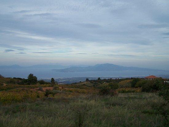 Kiato, Grecia: Η θέα του Κορινθιακού απ' το όρος Κυλλήνη.