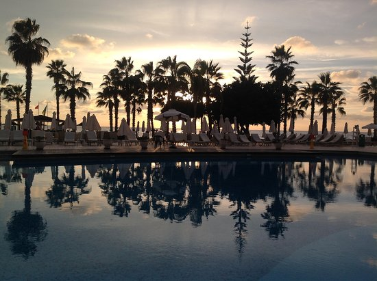 Louis Ledra Beach: Sunset from the pool bar.