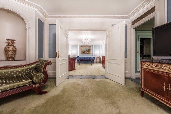 The Bentley London: Ashburn Suite A