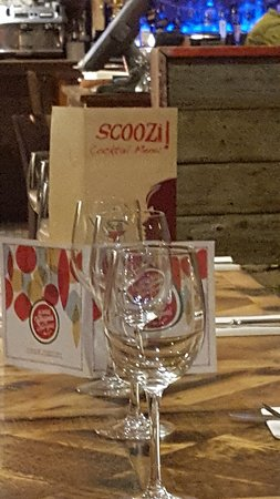 Scoozi: Table Setting