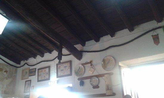 Mourao, Portugal: A sala