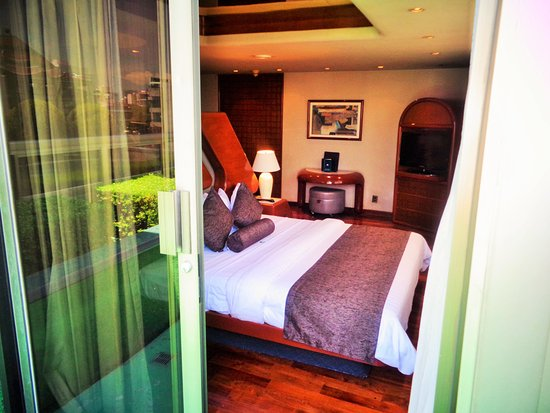 Beverly Hotel Photo