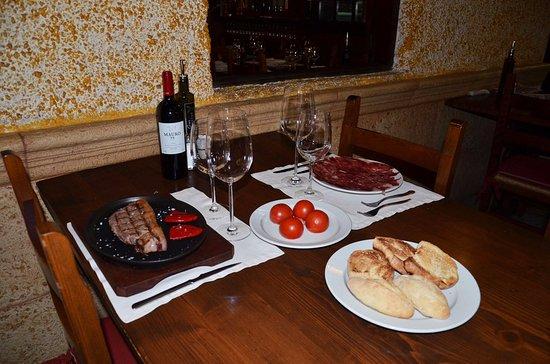 Restaurante La Brasa: a comer!